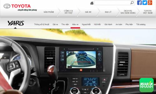 Màn hình đa thông tin dạng LCD cỡ lớn cũng được trang bị trên Yaris mới 2016.