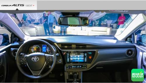 Trang bị nội thất Toyota Corolla Altis 2017