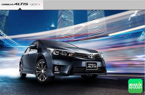 Cùng Toyota Corolla Altis 2017 lái nhẹ lướt êm trên đường phố!