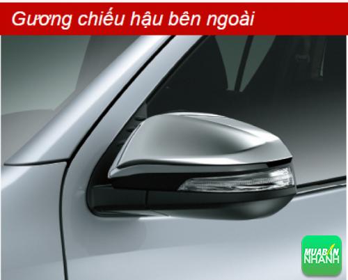 Gương chiếu hậu bên ngoài Toyota Hilux 2016
