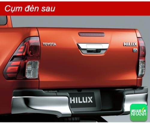 Cụm đèn sau Toyota Hilux 2016
