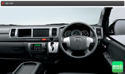 Thông số kỹ thuật nội thất Toyota Hiace 2016