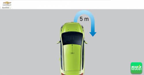 Bán kính vòng xoay tối thiểu 5m thuận tiện khi quay đầu xe