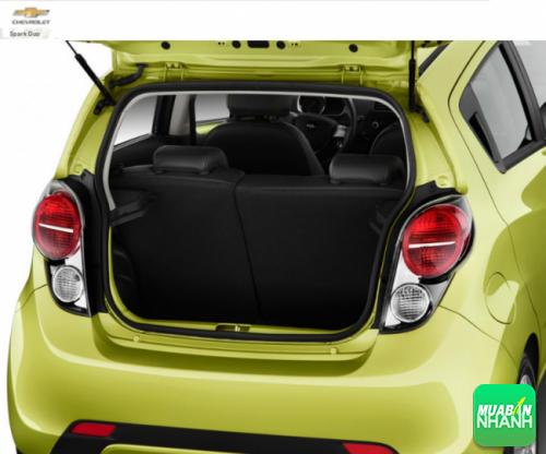 Khoang hành lý Chevrolet Duo 2016