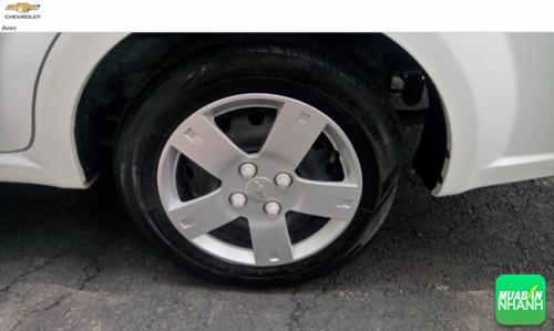 Vành la-zăng xe Chevrolet Aveo LTZ thiết kế 5 chấu kép khỏe khoắn