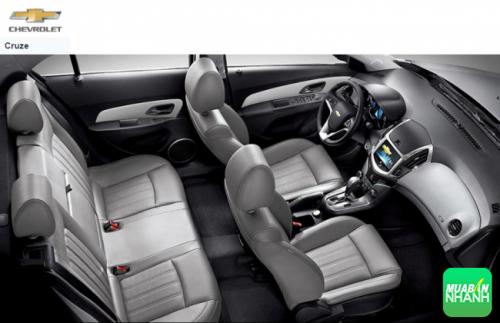 Đánh giá nội thất Chevrolet Cruze 2016: lột xác ngoạn mục