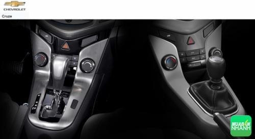 2 phiên số sàn và số tự động của Chevrolet Cruze 2016