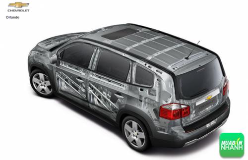 An toàn hàng đầu: yếu tố tiên quyết trong thiết kế của Chevrolet Orlando 2016